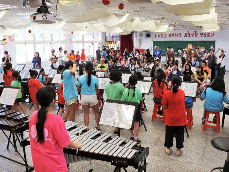 世界和平會偏鄉圓夢服務-桃園上大國小兒童節奏樂隊 參加全國賽、社區服務表演